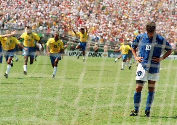 回到1994世足冠軍賽。憂鬱王子Roberto Baggio(巴吉歐)讓我愛上足球