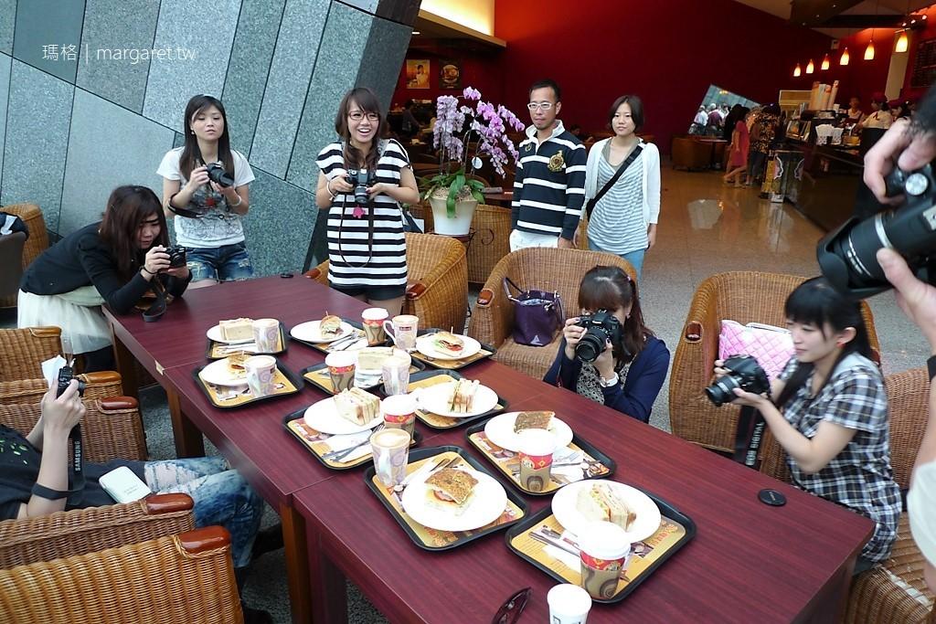 烏石港出海賞鯨豚。蘭陽博物館吃早餐|合盛66民宿帶路