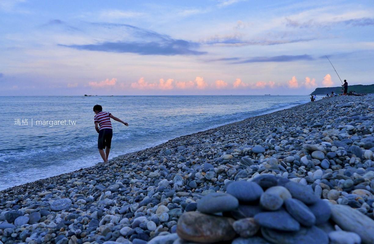 七星潭的日與夜。花蓮市郊優美月牙灣|景點。美食。住宿。交通 (2020.12.9更新)