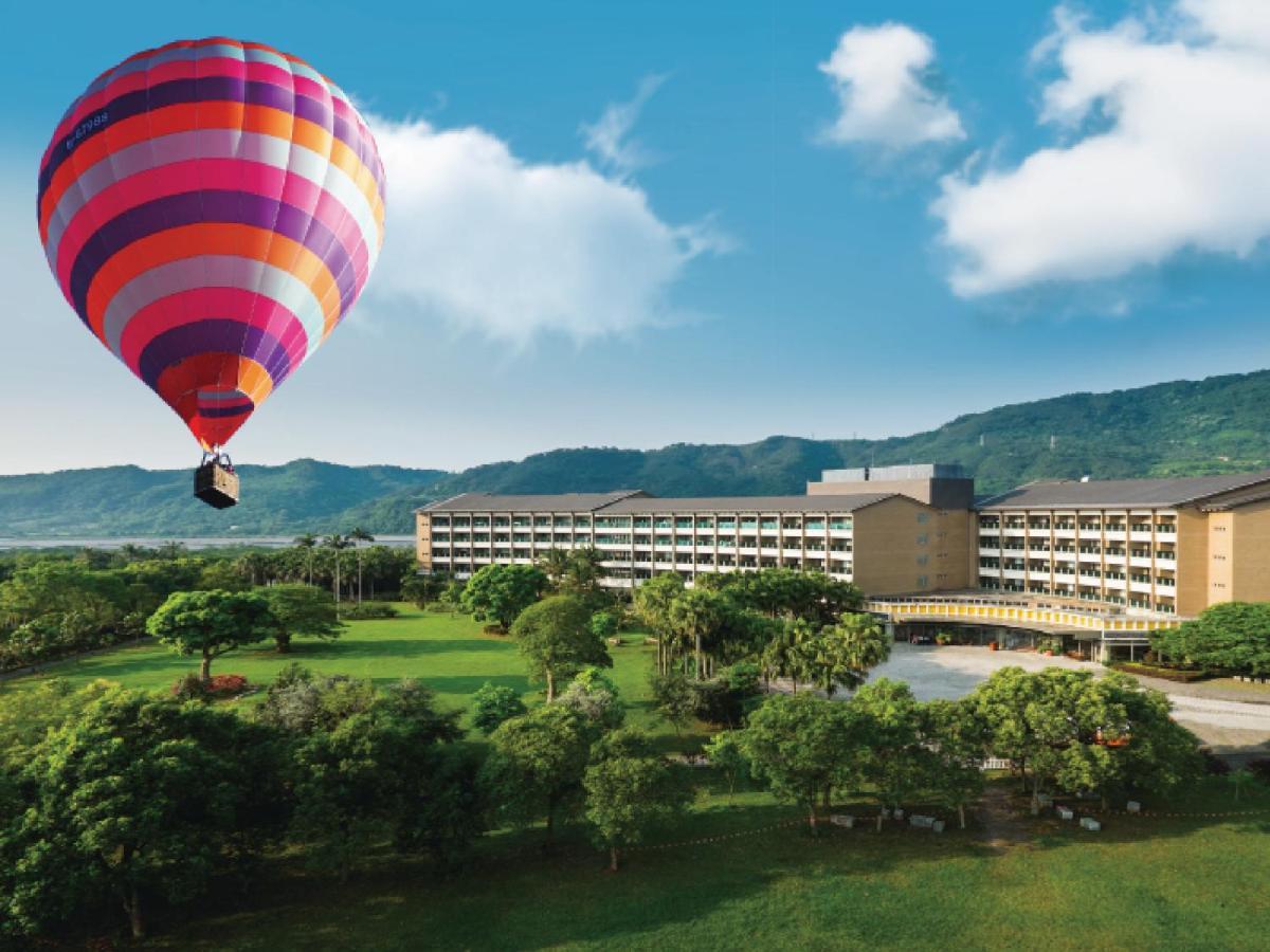 台東鹿鳴溫泉酒店。一泊二食 縱谷藝術季、熱氣球嘉年華優選旅宿
