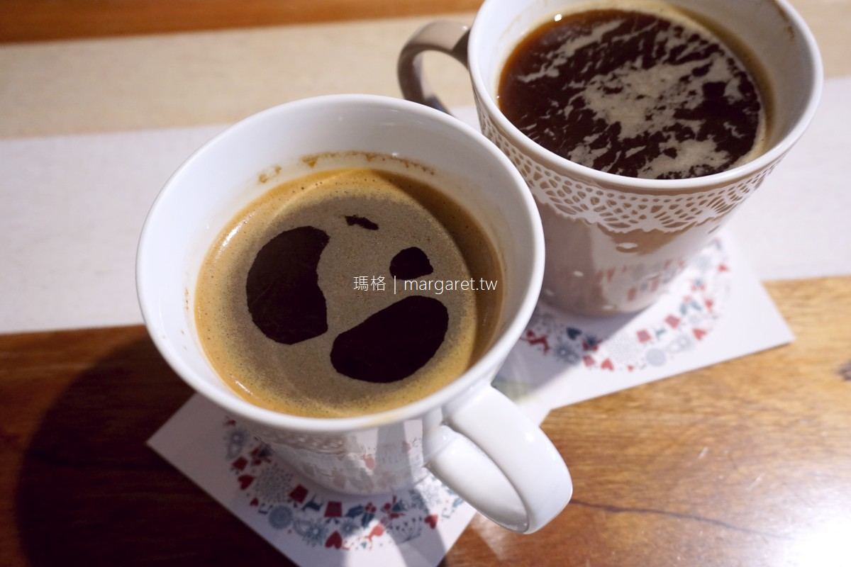 小梗甜點咖啡 Terrier Sweets。台中西區|期間限定草莓千層