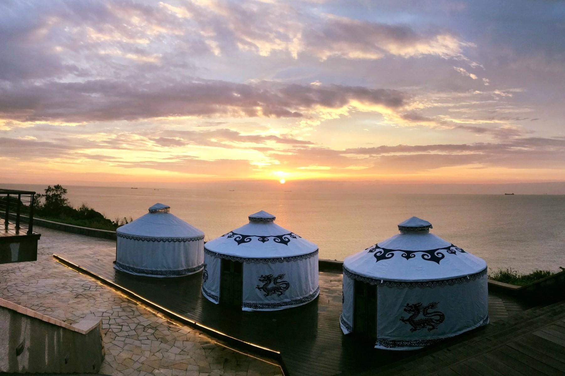 最新推播訊息:到馬祖海邊蒙古包住一晚|南竿最美落日海景第一排