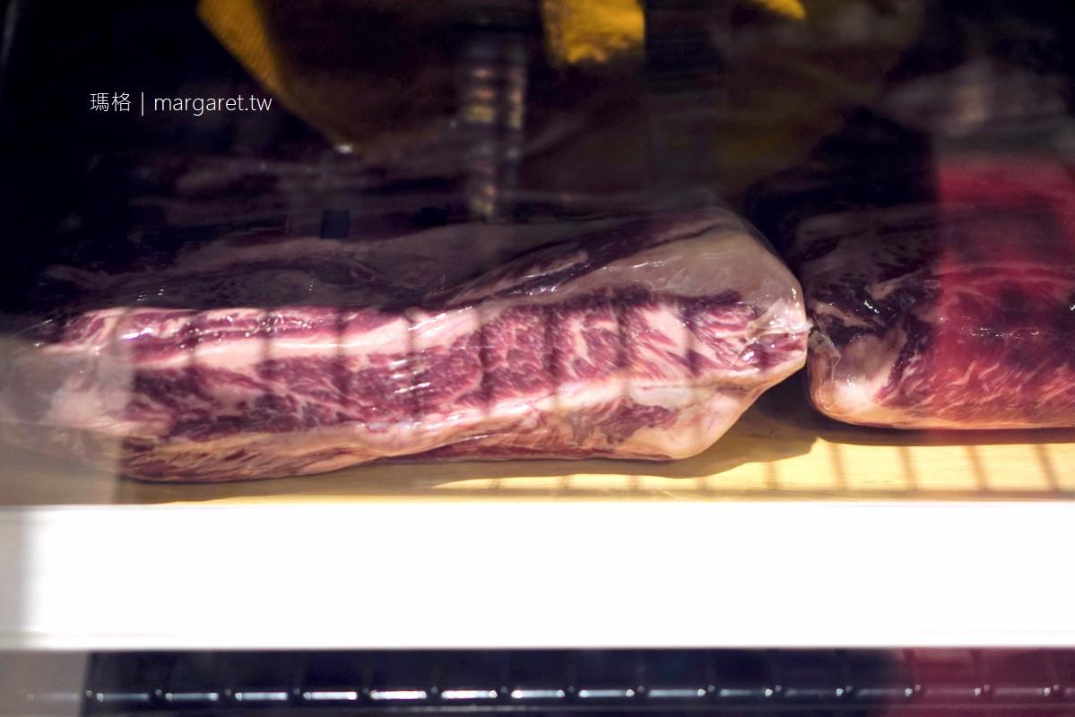 龍師牛排。台灣第一家牛排主餐吃到飽?|屹立26年,許多嘉義人的兒時回憶