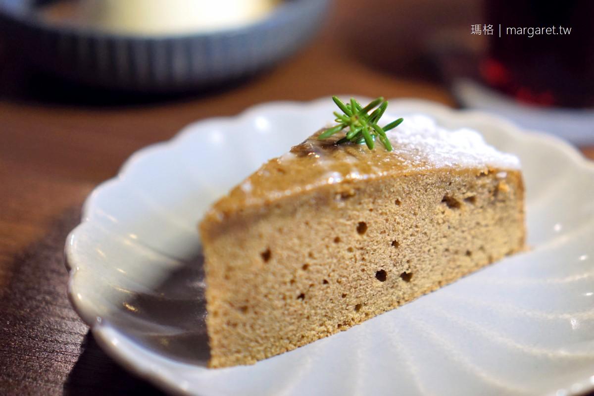 弄宅咖啡。貓中途之家|百年老宅日式風格。預約制  #茹茹食記