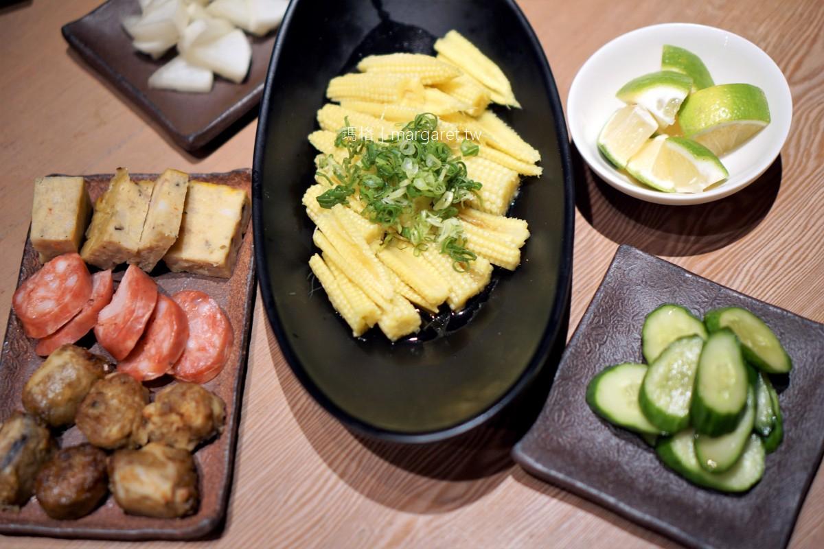 阿霞飯店。台南老字號台菜餐廳|招牌紅蟳米糕、薑絲花鮡湯。隱藏版砂鍋鴨也美味