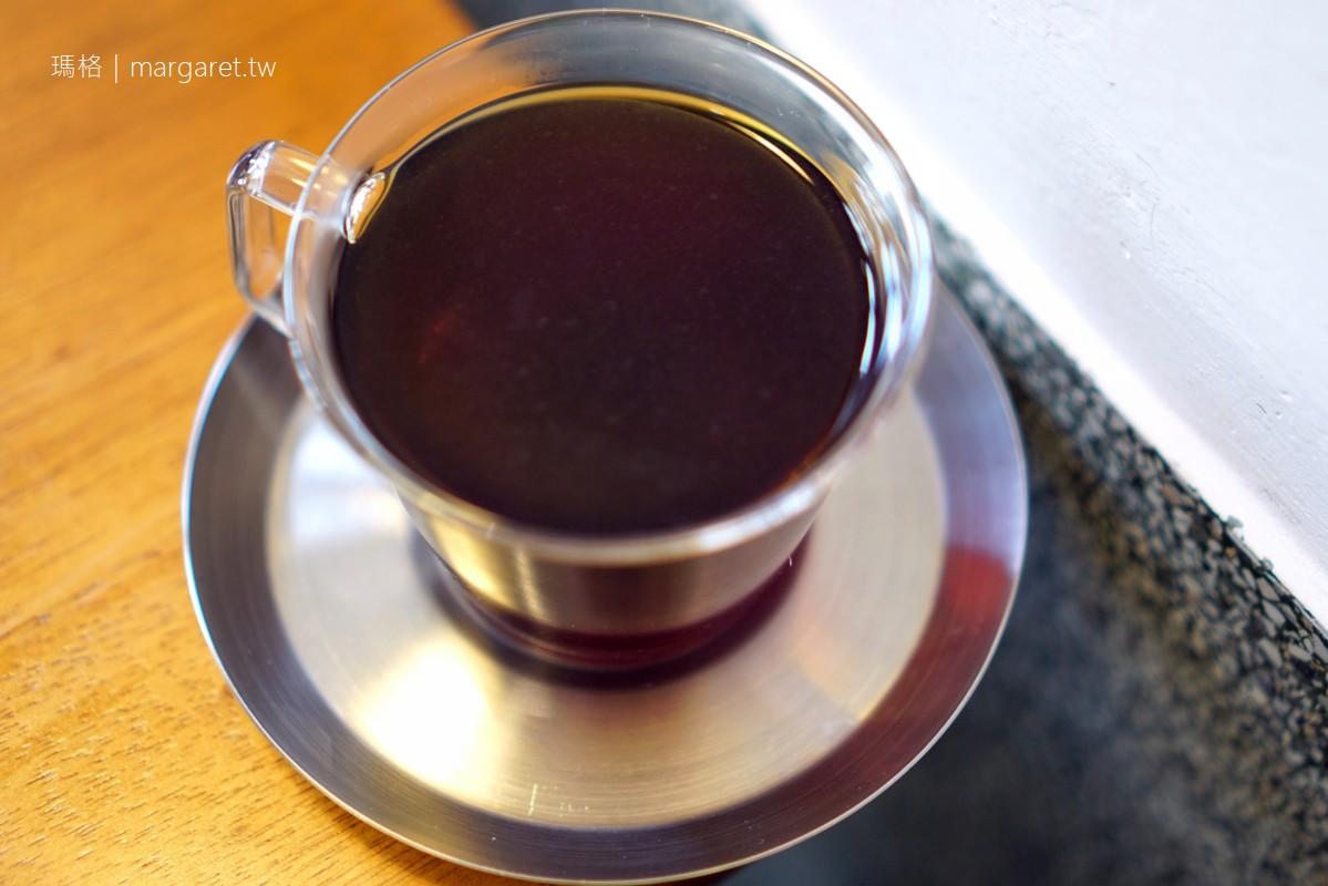 小房子咖啡 L.M. café。台南中西區|多年不願出租的醫師寓所改造