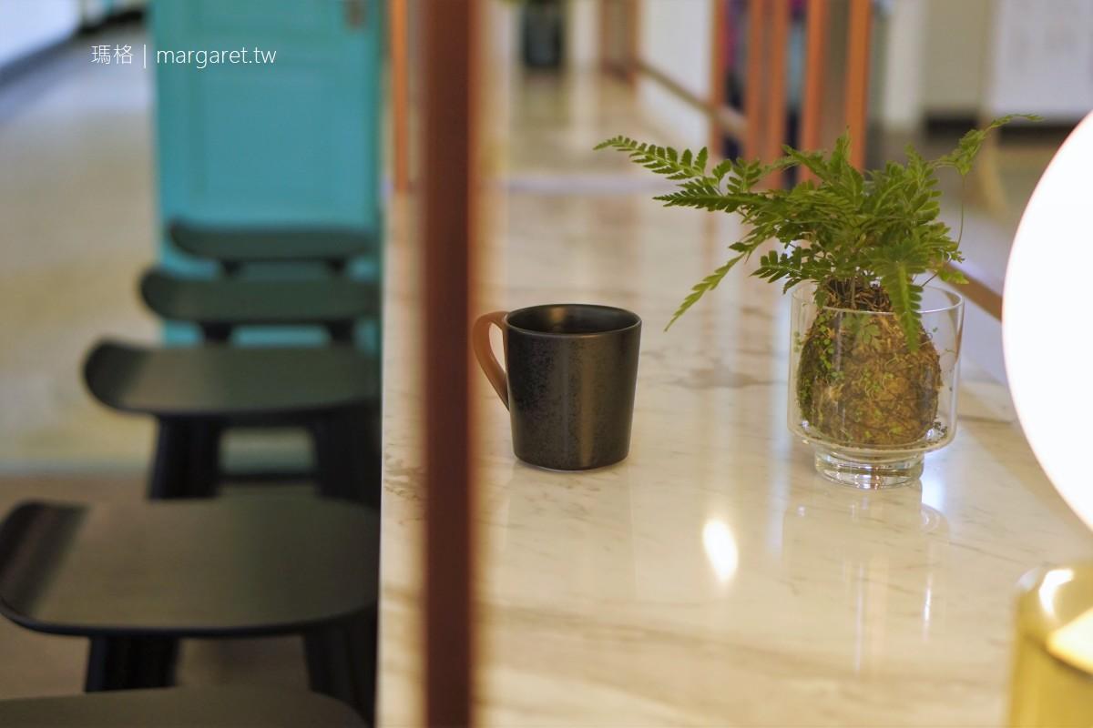 昭和J11咖啡館。圓角思考 嘉義市立美術館一樓