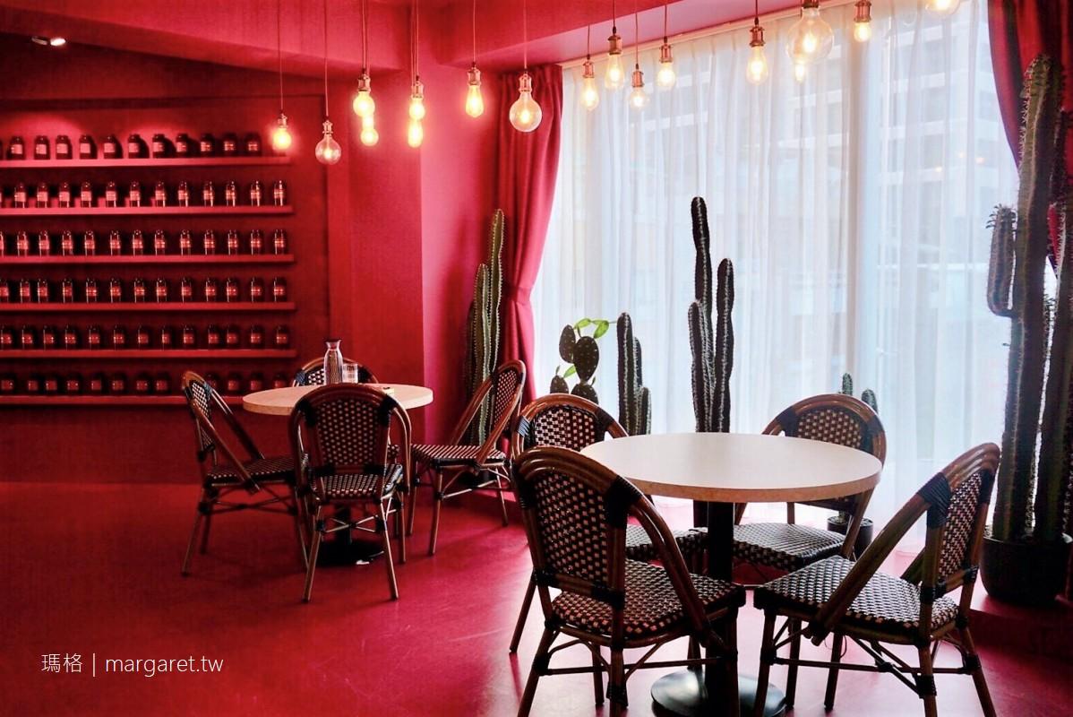 Meat Up 新美式餐廳。莓舒過舒芙蕾|西門町甜點。浮誇網美店 #茹茹食記