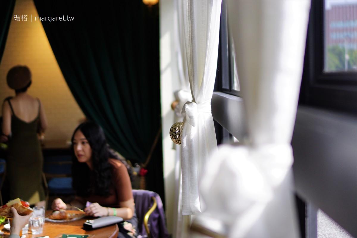 漢子勾嬌嬌Hunk and Gorgeous。從拱門走進去上二樓 台南中西區早午餐