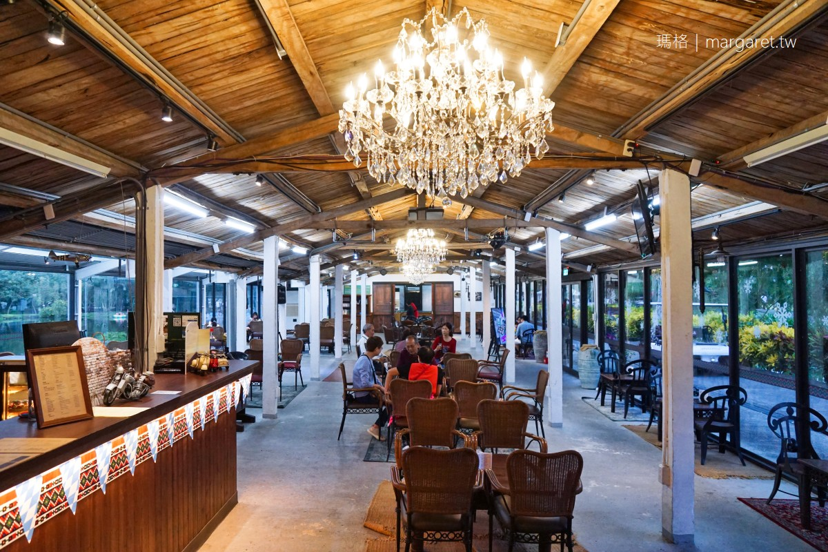 豐之谷自然生態公園。湖光山舍湖畔酒吧|到理想大地渡假飯店搭竹筏、騎單車、手作DIY