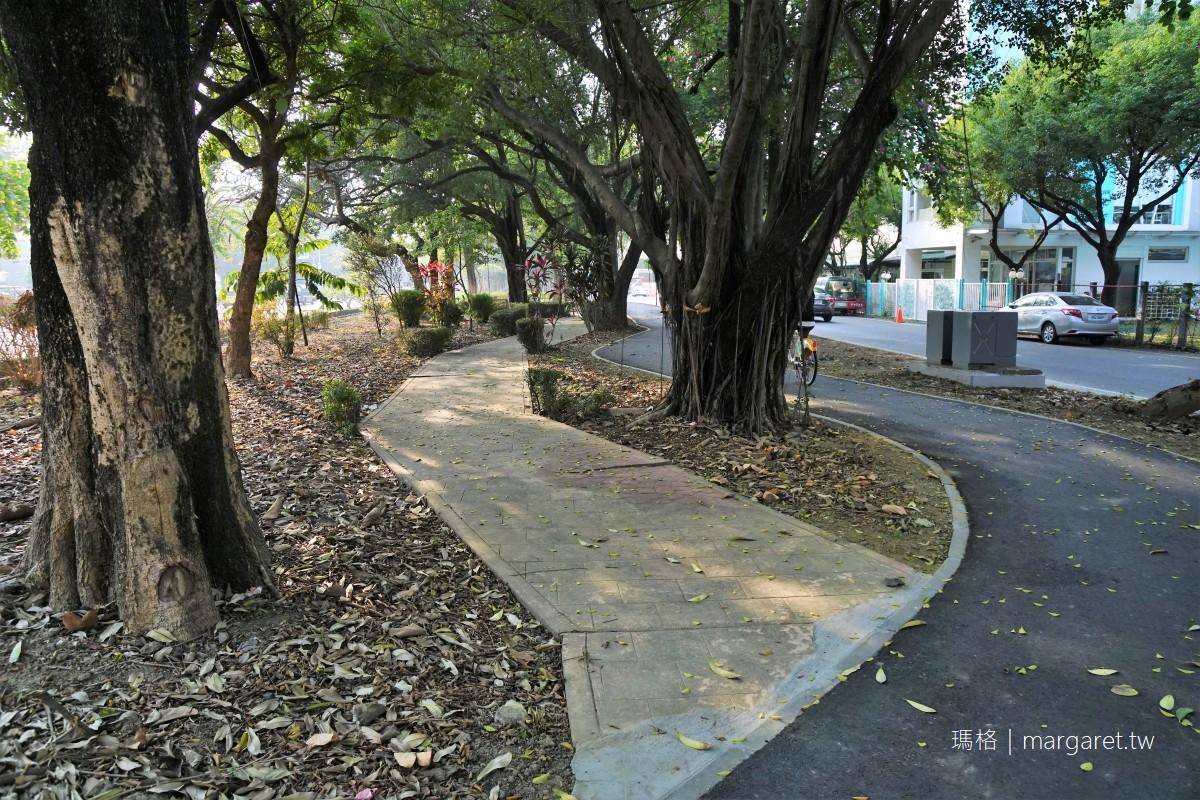 世賢自行車道。嘉義市最美道路|城市裡的森林鐵馬遊