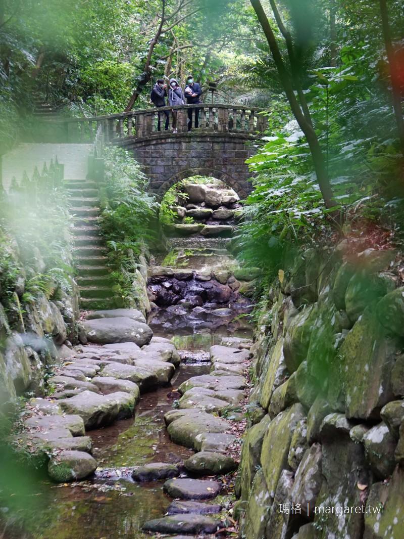 虎山溪步道。四獸山最美小蛋糕|夢幻石砌拱橋龍貓出現了
