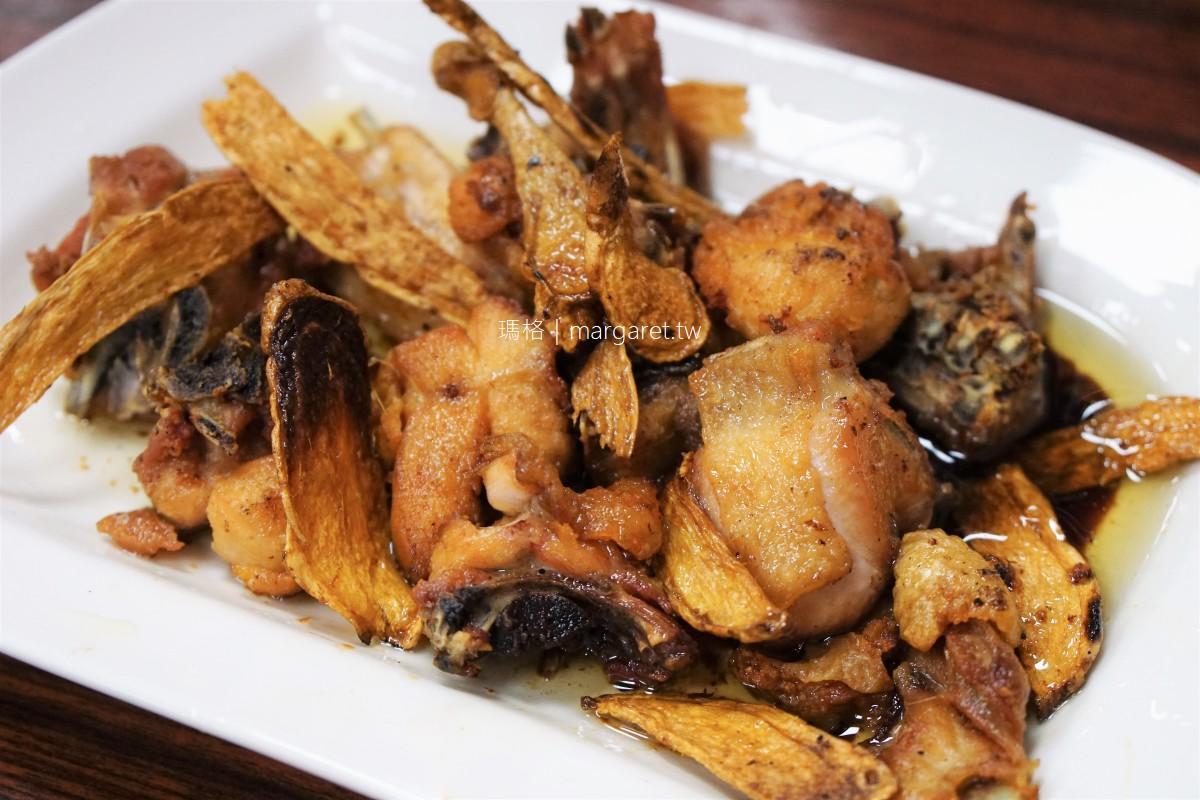 石槕牛肉。招牌竟是苦茶油雞 阿里山石桌熱炒店
