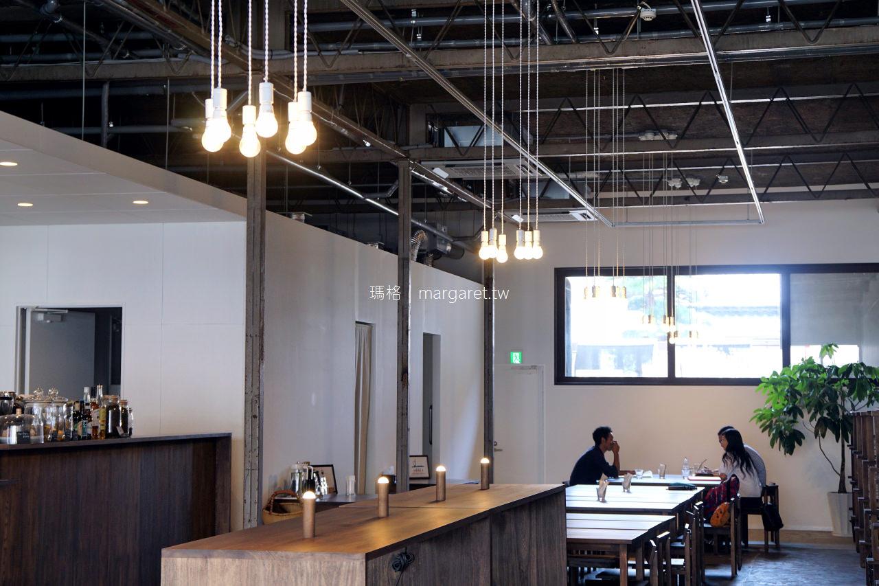 高松。Kinco. hostel+cafe|老金庫改建的咖啡青年旅館