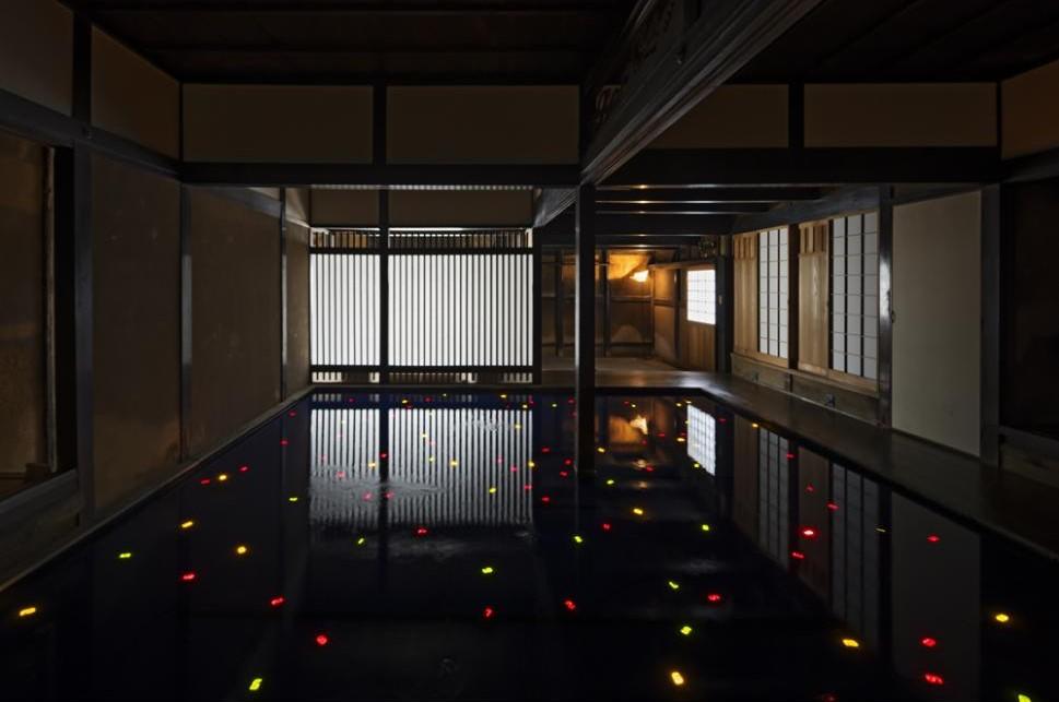 角屋Kadoya。直島家計畫|200年老屋與LED數位計時器的對話 @瑪格。圖寫生活