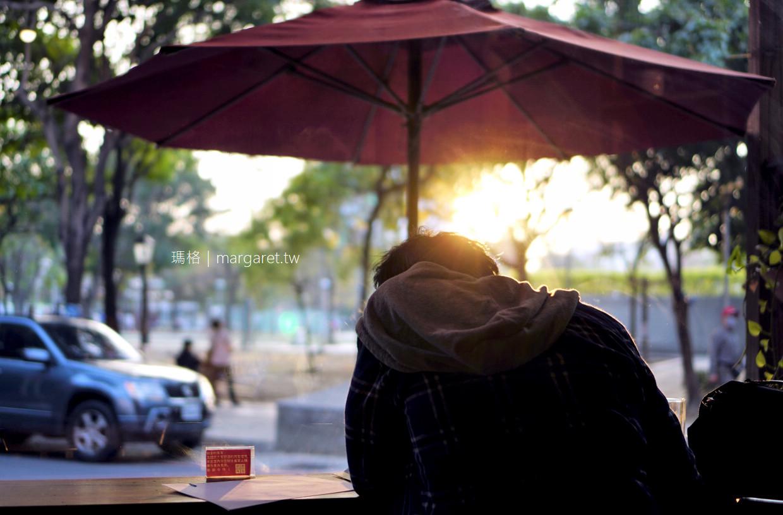 聖塔咖啡。文化公園旁|到嘉義旅行幾乎天天去喝一杯 (2019.12.29更新)