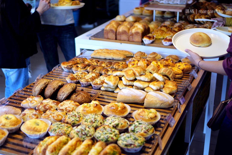 貓尾巴麵包店。嘉義最搶手泡芙一次吃到14款|購買秘訣是掌握最佳出爐時間