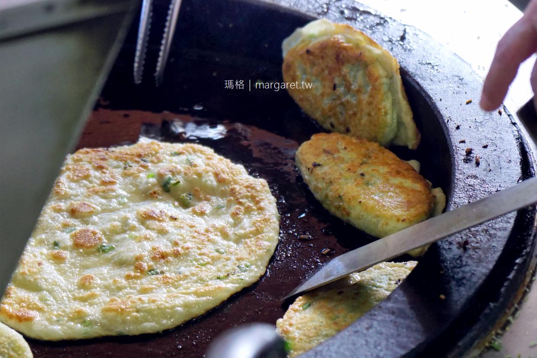 霞記蔥油餅韭菜盒子|屏東鶴聲國小對面排隊美食