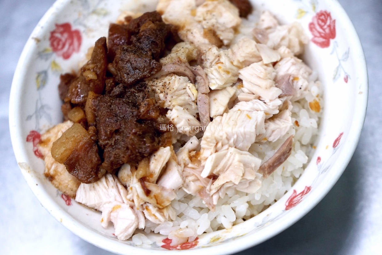 阿霞火雞肉飯。在地人大推的嘉義文化路夜市美食