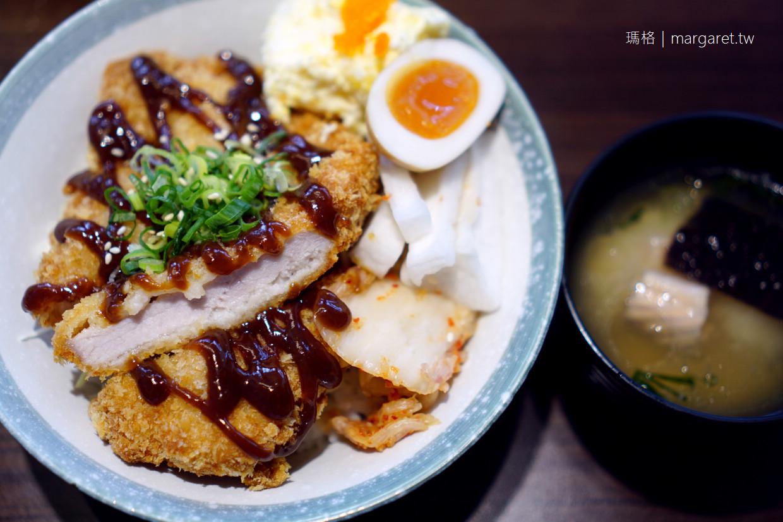 花樂食堂。吸睛的繽紛花窗壽司|嘉義興中市場旁日式料理