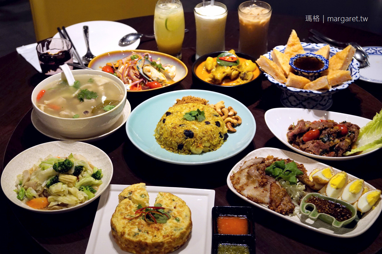 饗泰多Siam More桃園統領店。用餐環境寬敞舒適|經典組合5菜1湯。一桌吃遍泰式料理風味 @瑪格。圖寫生活