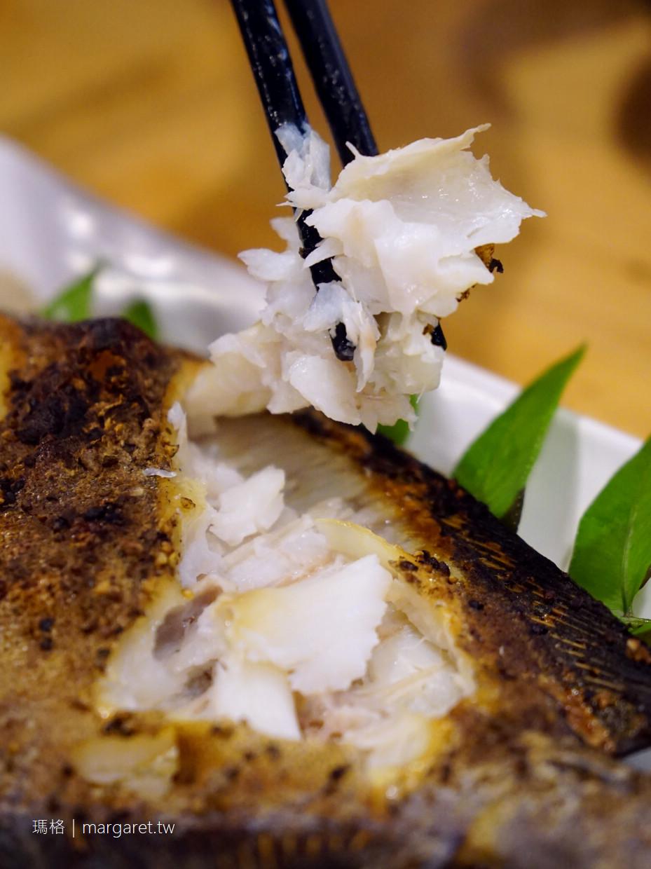 海風味小吃。廚師親自下海抓龍蝦的海產店|花蓮台11線鹽寮村。前身是雜貨老舖