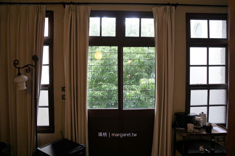 來了。就住一晚|台南最有氣質的老屋民宿。新美街的祕密花園