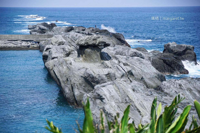 石雨傘遊憩區。長達1公里的壯麗海岬|台11線105.8公里處