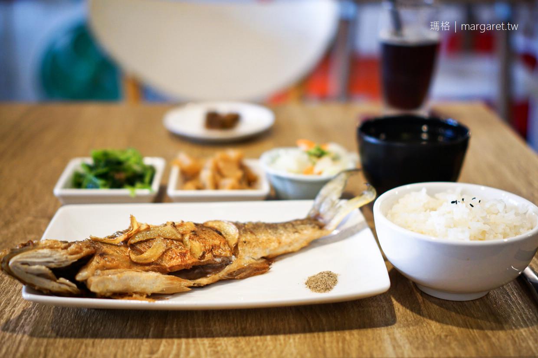 醒了咖啡。嘉義早午餐|香煎午仔魚、苦茶油雞家常美味
