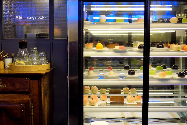 老麥咖啡館。武康大樓迴廊下|我的第一杯上海咖啡