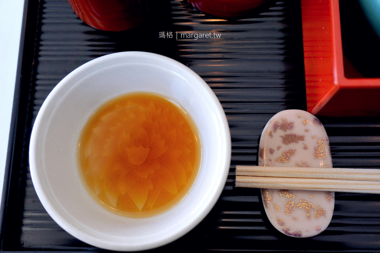 一扇日本料理。在美術館裡吃便當|直島Benesse House Museum