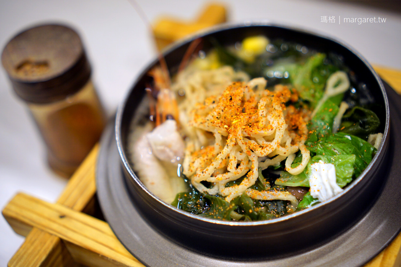 海老鍋燒麵專賣店。嘉義文化路夜市美食|活蝦是重點