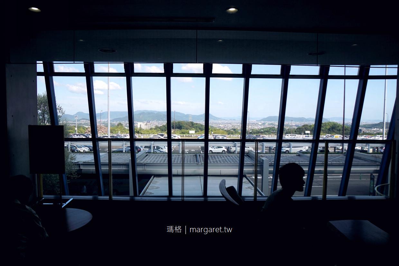 歡迎 / 詼諧的藍。高松機場|2019瀨戶內國際藝術祭