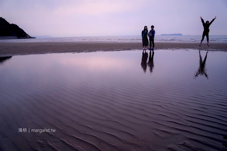 父母濱天空之鏡絕景夕照半日遊|高松出發專車直達。拍照道具都幫旅客準備好了