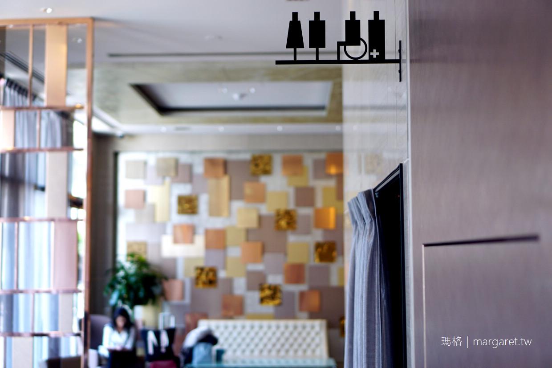 東京六本木光芒飯店。Candeo Hotels|席夢思床墊。可看見東京鐵塔的天空浴場