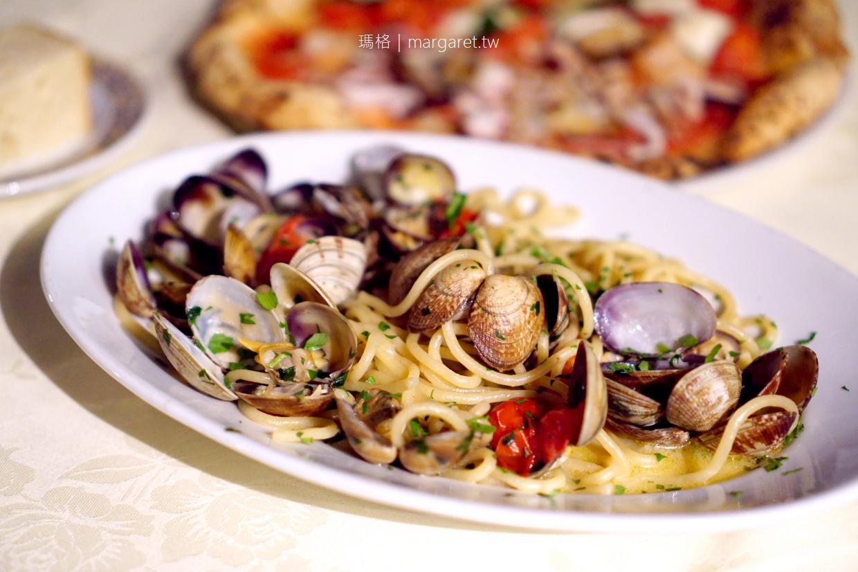 六本木賞櫻餐廳第一排。Pizzeria-Trattoria Napule|被櫻花圍繞的最佳用餐位置