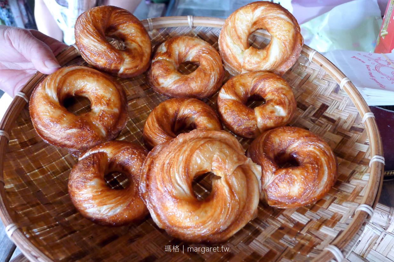 奮起湖美食|百年檜木甜甜圈。街仔尾阿嬤草仔粿。愛玉伯ㄟ厝