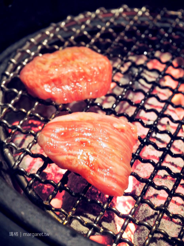 孫三郎。熊本燒肉店|牛排館壯觀的熟成牛肉冰櫃