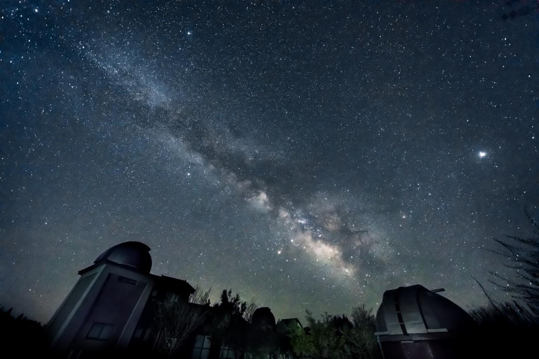 鳥取佐治天文台Saji Astro Park。口徑103cm天文望遠鏡觀星體驗|森林木屋一泊二食。和牛燒烤BBQ