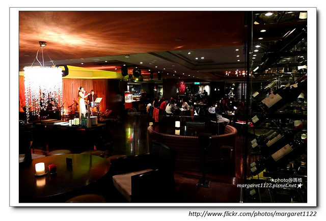 台北君悅酒店。ZIGA ZAGA|爵士Live Band、牛排明蝦、微醺人生夜太美|2018米其林旅館評鑑黑4等級