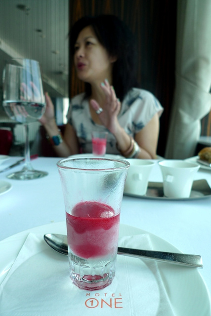 Hotel One頂餐廳。乾式熟成老饕牛排|台中亞緻飯店46樓。求婚紀念日最佳慶祝餐廳