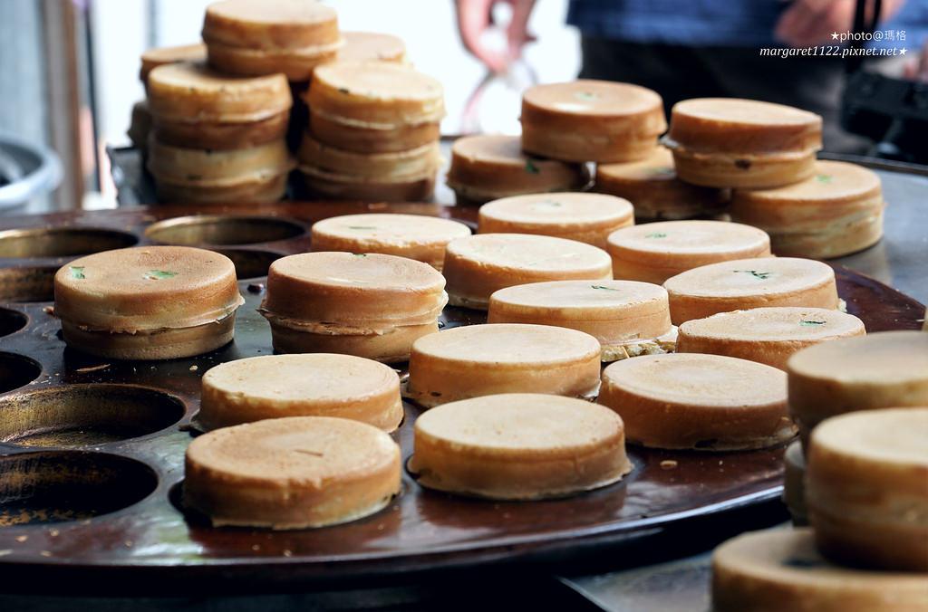 蘇記傳統紅豆餅。嘉義文化夜市|第一次吃到包高麗菜餡的車輪餅